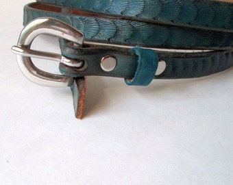 Ladies belts , Womens belts , turquoise thin belt , leather belt , Turquoise leather belts , fashion belts in turquoise