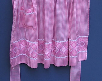 Vintage Pink Gingham Apron with Cross Stitch Embroidery & RickRack