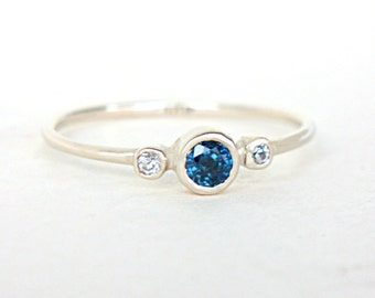 Blue Sapphire and Diamond Ring 14k White Gold Natural Sapphire Diamond Gold Ring Blue Sapphire Engagement Ring Alternative Engagement Ring