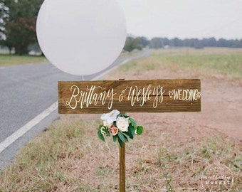 Personalized Wedding Welcome Sign, Rustic Wedding Signs, Directional Wedding Sign with Stake, Wooden Wedding Sign | 30x5.5