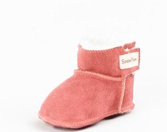 Pink sheepskin baby booties