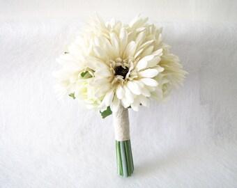 Ivory Bridesmaid Bouquet, Maid of Honour Bouquet, Wedding Bouquet, Ivory Daisy Wedding Bouquet, Floral Bouquet, Rustic Wedding Bouquet