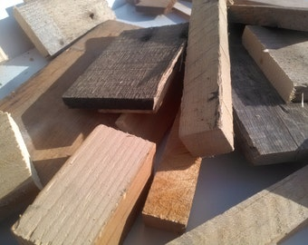 Box Of Assorted Reclaimed Wood Pieces/Cut-Offs