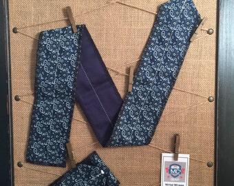 Blue Paisley Wrist Wrap