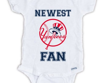 New York YANKEES FAN Baby Onesie, Baby Bodysuit, Baseball Onesie, Yankees Onesie, Great Baby Shower Gift, Mother's Day, Father's Day