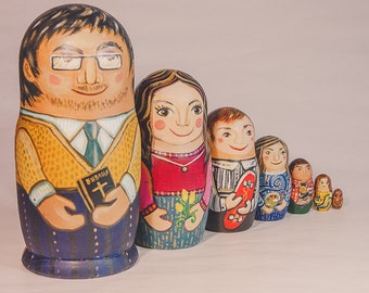 Russian nesting dolls / Matryoshka / Handmade / Made to order / Customer