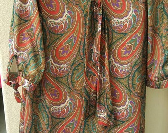 Amazing 60s Paisley Nightgown