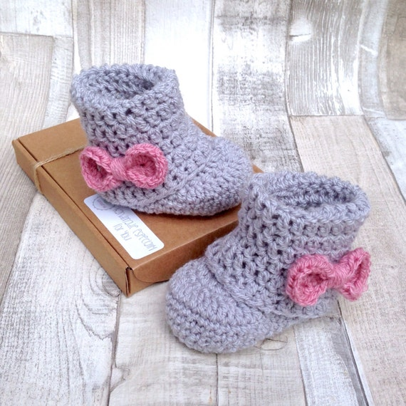 Booties, crochet booties, crocheted, pink bow booties, grey  pink, baby girls shoes, newborn pink gift, gift boxed, gender  announcement