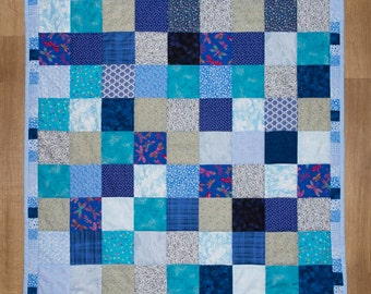 A Cheerful, Bright Reversible Quilt