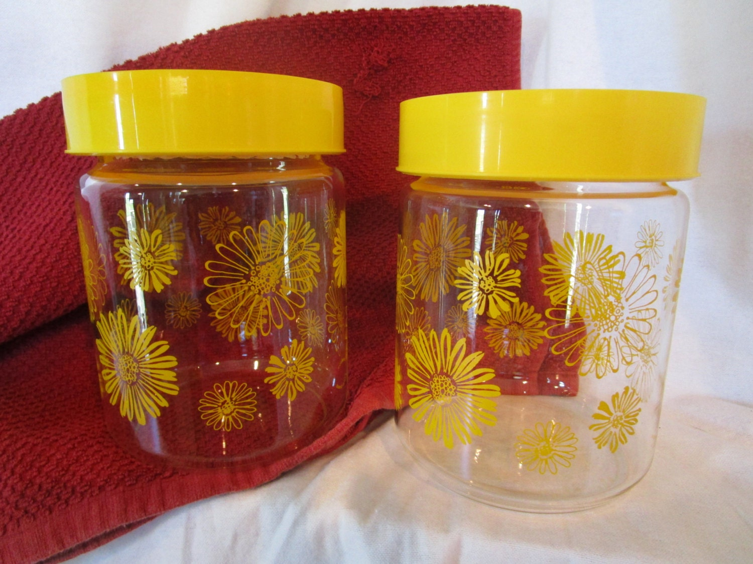 yellow daisy canisters corning glass canisters daisy storage