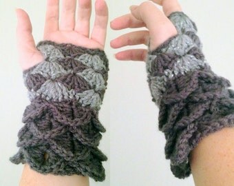 Dragon Skin Gloves, Silver Dragon Mittens, Gray Crochet Gloves, Crochet Fingerless Gloves, Fall Accessories, Gifts for Her, Geeky Gloves