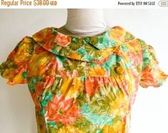 SALE Vintage Dress Hawaiian Dress Tropical Flower Dress Orange Yellow Green Dress 1960s Dress Bright Floral Dress Summer Dress