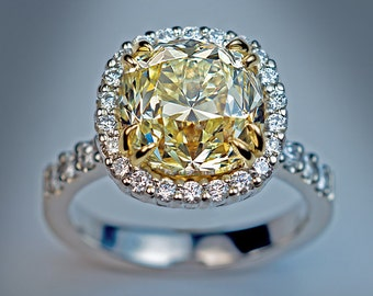 An Impressive 5 Carat Diamond Engagement Ring