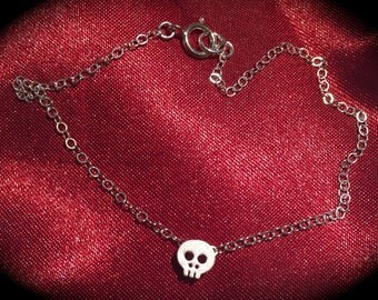 Tiny Silver Skull Bracelet-Tiny Gold Skull Bracelet-Gold Filled Chain-Sterling Silver Chain-Dainty Bracelet-Gift