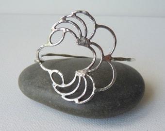 Vintage Sterling Silver Flower Bangle Bracelet, Sterling Wire Bangle, Bangle Abstract Cuff Bracelet, Modern Teen Bracelet, Girls Bracelet