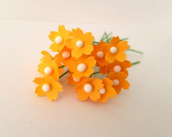 100 Miniature yellow paper flowers / 5mm yellow flowers . 5mm paper roses / yellow flowers / handmade yellow flowers / yellow fillers