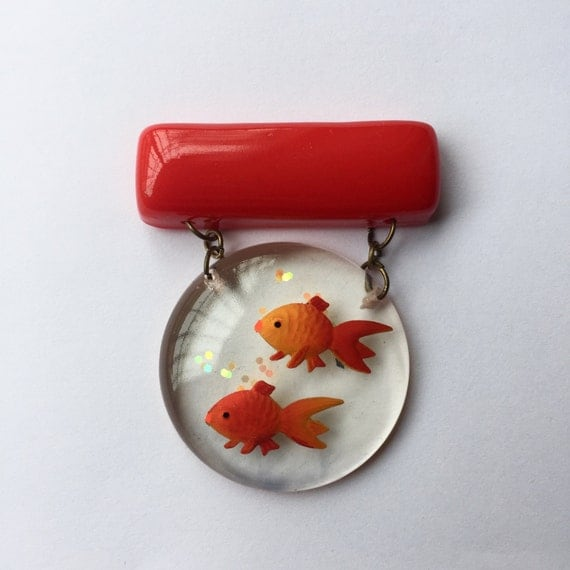 New 1940s Costume Jewelry: Necklaces, Earrings, Pins Fish Bowl pin Brooch - lucite 1940s inspired $25.00 AT vintagedancer.com