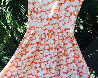 Vintage 50s cotton daisy dress