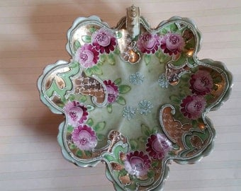 Absolutely stunning Moriage candy dish in pink and green