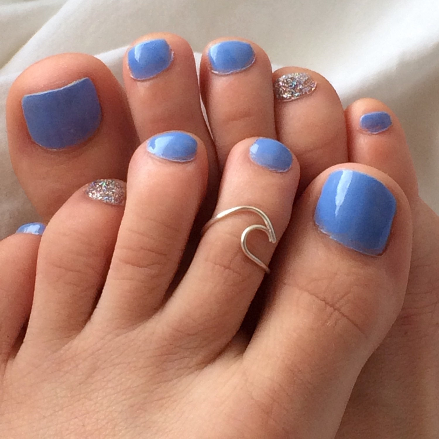 toe ring on a teen