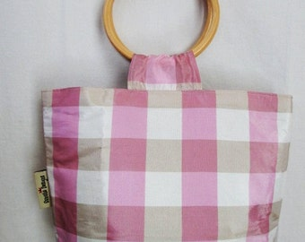 Preppy Plaid Wood-Handle Handbag