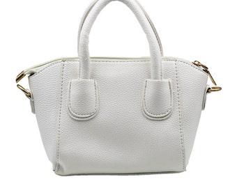 Pebble leather dumplings white purse