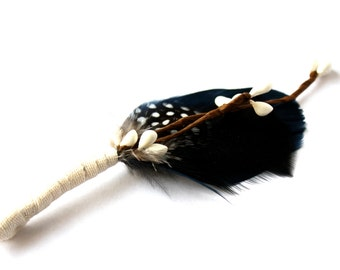 Mens wedding boutonnieres - Buttonholes - Lapel Pin - Boutonniere - Blue and black feathers - Dapper Men, Dandy, Wedding Groom