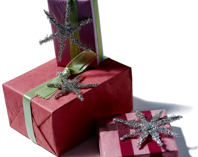 Large gift wrapping service