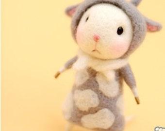 wool felt diy kit needle felt kit --- mice  style 113