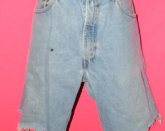 vintage levi shorts/ vintage levi denim/ levi jeans size 34