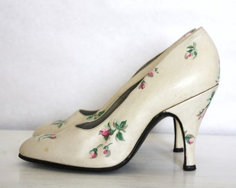 VINTAGE BRIDAL SHOES  60's