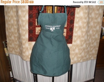 Green French Gourmet Bakery & Deli Bib Apron Vintage 1970's Full Apron Kitchen Apparel Linens Accessory- Kit072