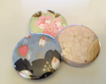 3 buttons of Japanese flowery paper