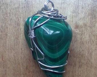 Malachite wire wrapped pendant
