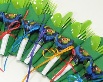 16 Ninja Turtle Party Cutlery Sets, Disposable cutlery, napkin and toy.