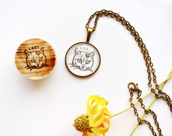 Personalized pet chain / necklace with a portrait of your pet / chain stamp set