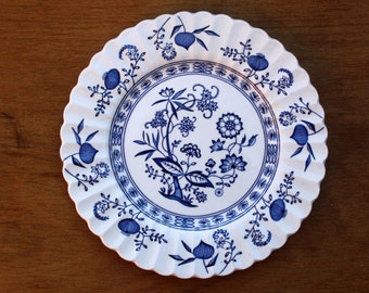 """J & G Meakin  Salad or Dessert Plate in the Blue Nordic pattern 8"""" Excellent"""