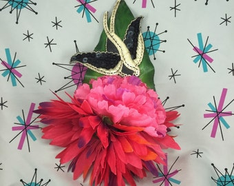 Rockabilly Pink Flower & Swallow Hairpiece