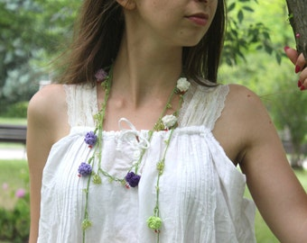 Crochet necklace, Flower necklace, Roses necklace Green Beaded Jewelry, Unique Necklace