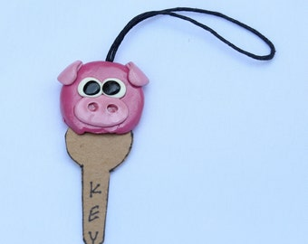 Pig Key Cover, key case, key holding, clay handmade, clay art, pig clay, clay key cover, animal clay