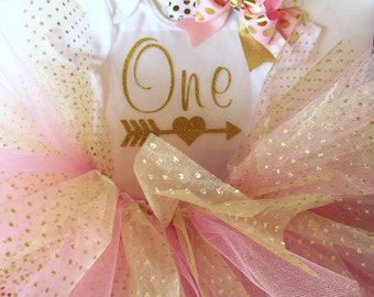 Pink and GOLD Tutu~ gold ONE with arrow onesie~ over the top pink and gold bow ~ first birthday pictures ~ smash cake pics