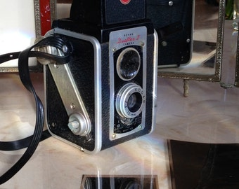 "Vintage Kodak Camera Duaflex II, Twin Lens Reflex (TLR) with Strap (620 Rollfilm; 6"" x 6""), Rochester, NY - Mid-Century"