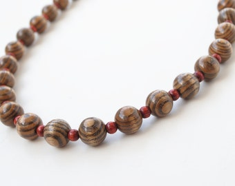 Vintage wooden beads necklace