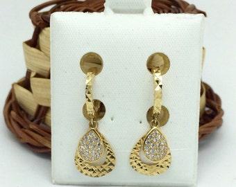 18K Yellow Gold Pear Shape Dangling  CZ Earrings
