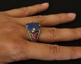 with red stones lapis ring