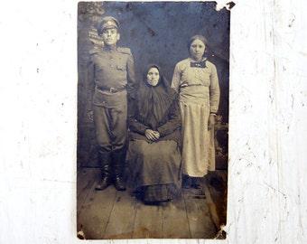 Antique photo XIX century Old photo portrait family Cabinet card Antique postcard