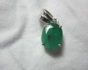 natural emeraled pendant , WOOW NATURAL EMERALED