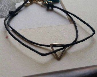 Triangle black bracelet