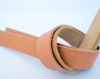 2 cm/ 0.78 inches - 1 pair of natural tanned genuine leather straps, Leather Handles for bags, purse handles, anses cuir