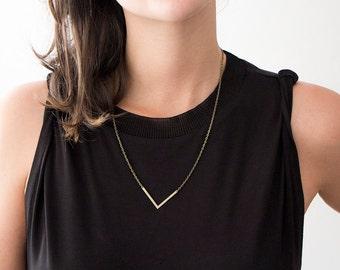 V Necklace Bronze